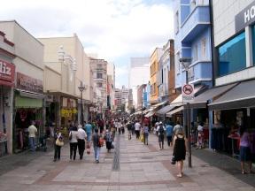 14 de Julho - Rua 13 de Maio, principal via comercial do Centro da cidade — Campinas (SP) — 243 Anos em 2017.