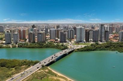 15 de Julho - Foto aérea da cidade — Juazeiro (BA) — 139 Anos em 2017.