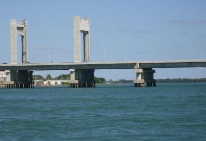 15 de Julho - Ponte Presidente Dutra Juazeiro-Petrolina — Juazeiro (BA) — 139 Anos em 2017.