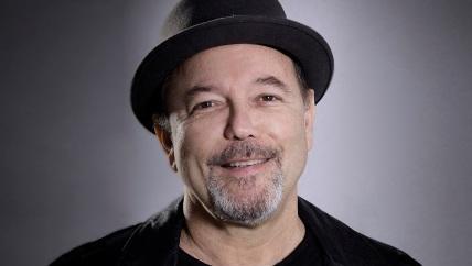 16 de Julho - 1948 – Rubén Blades, cantor, compositor, ator e guitarrista panamenho.