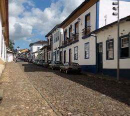 16 de Julho - Rua Dom Silvério, no centro histórico da cidade — Mariana (MG) — 321 Anos em 2017.