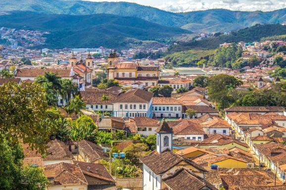 16 de Julho - Vista do alto — Mariana (MG) — 321 Anos em 2017.