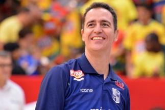 17 de Julho - 1973 — Demétrius Ferracciú, ex-jogador e técnico brasileiro de basquete.