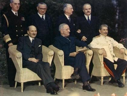 17 de Julho - Attlee, Truman, e Stalin em Potsdam.