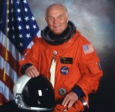 18 de Julho - 1921 – John H. Glenn, Jr., astronauta e político estadunidense.