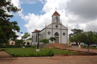 18 de Julho - Igreja São Sebastião, construída em 1948 — Cristalina (GO) — 101 Anos em 2017.