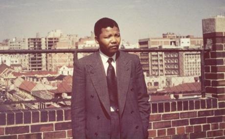 18 de Julho - Nelson Mandela - 1918 – 99 Anos em 2017 - Acontecimentos do Dia - Foto 9 - Jovem.