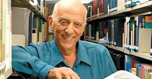 19 de Julho - 2014 — Rubem Alves, psicanalista, teólogo e escritor brasileiro (n. 1933).