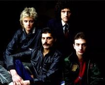 19 de Julho - Brian May - 1947 – 70 Anos em 2017 - Acontecimentos do Dia - Foto 7 - Com a banda Queen, completa, ainda com Freddie Mercury.