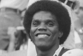 2 de Julho - 1955 – Cláudio Adão, ex-futebolista brasileiro.
