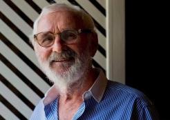 21 de Julho - 1926 – Norman Jewison, é um cineasta canadense.