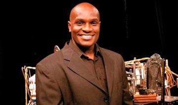 21 de Julho - 1972 – Jacaré, dançarino e ator brasileiro.