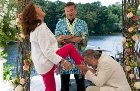 21 de Julho - Robin Williams - 1951 – 66 Anos em 2017 - Acontecimentos do Dia - Foto 15 - Em cena do filme 'O Casamento do Ano', com Robert De Niro e Susan Sarandon.