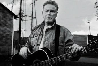 22 de Julho - 1947 – Don Henley, músico, cantor, compositor e baterista estadunidense.