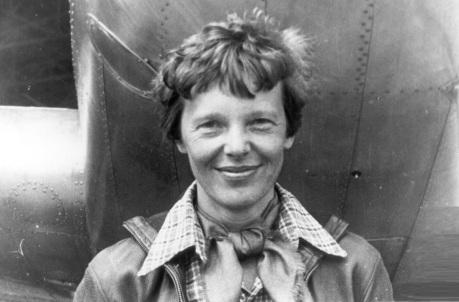 24 de Julho - 1897 – Amelia Earhart, aviadora norte-americana.