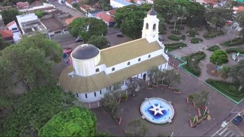 24 de Julho - Igreja Matriz de São João Batista vista do alto — Itatinga (SP) — 121 Anos em 2017.