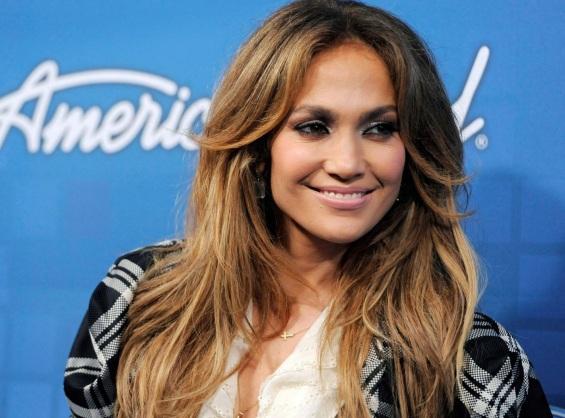 24 de Julho - Jennifer Lopez - 1969 – 48 Anos em 2017 - Acontecimentos do Dia - Foto 10 - No 'American Idol'.