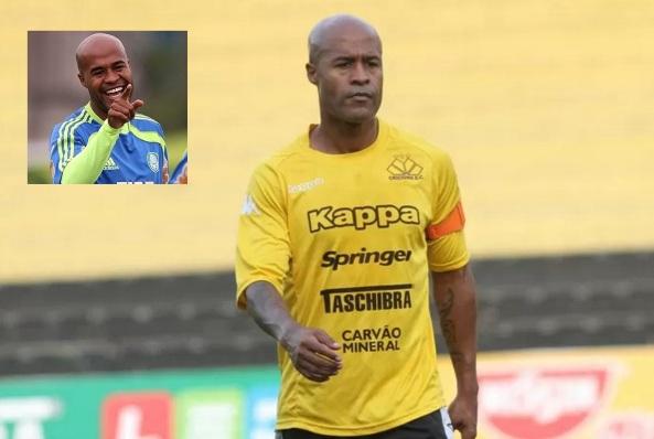25 de Julho - 1976 – Marcos Assunção, futebolista brasileiro.