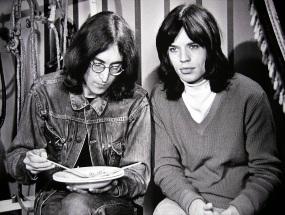 26 de Julho - Mick Jagger - 1943 – 74 Anos em 2017 - Acontecimentos do Dia - Foto 17 - Com John Lennon.