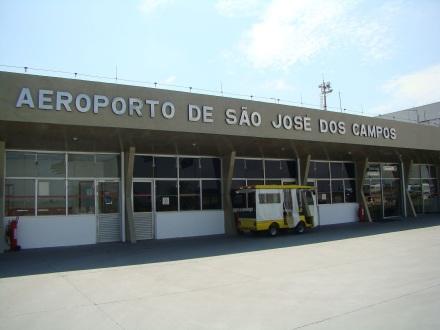27 de Julho - Entrada principal do Aeroporto de São José dos Campos - Professor Urbano Ernesto Stumpf — São José dos Campos (SP) — 250 Anos em 2017.