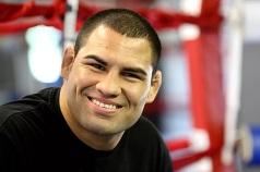 28 de Julho - 1982 - Caín Velásquez, lutador norte-americano de MMA.