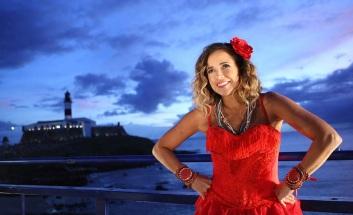 28 de Julho - Daniela Mercury - 1965 – 52 Anos em 2017 - Acontecimentos do Dia - Foto 12 - Farol da Barra - Carnaval de Salvador.