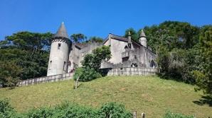 6 de Julho – Castelo Montebello Medieval, localizado na Várzea, destaca-se entre os atrativos urbanos — Teresópolis (RJ) — 126 Anos em 2017.