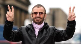 7 de Julho – Ringo Starr - vocalista (Álbuns Solo) e baterista inglês (The Beatles).