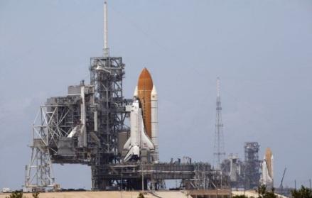 8 de Julho – 2011 – O ônibus espacial Atlantis faz seu último voo e decreta o fim da era dos ônibus espaciais da história da NASA.