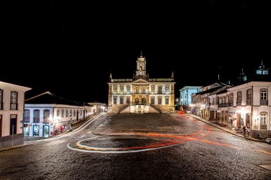 8 de Julho – Edifício que abrigou a Casa de Câmara e Cadeia de Vila Rica, hoje Museu da Inconfidência, na Praça Tiradentes — Ouro Preto (MG) — 306 Anos em 2017.