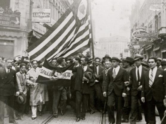 9 de Julho – 1932 – Início da Revolução Constitucionalista, no Brasil.