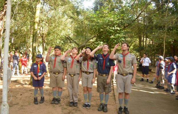 1 de Agosto – 1907 – É dado início ao primeiro acampamento escoteiro, organizado por Robert Stephenson Smyth Baden-Powell na ilha de Brownsea na Inglaterra.