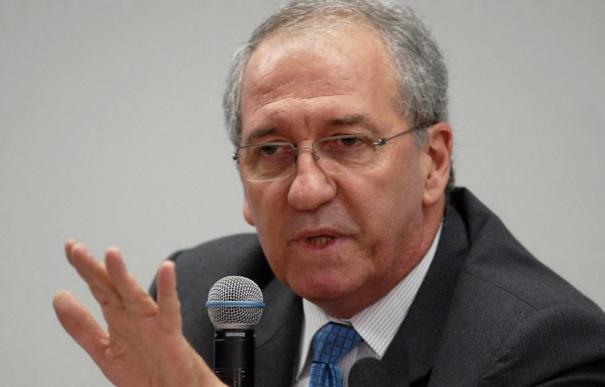 10 de Agosto – 1948 - Franklin Martins, jornalista político brasileiro.