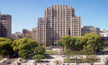 12 de Agosto – 1821 — É fundada a maior universidade da Argentina – Universidade de Buenos