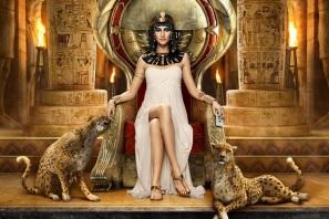 12 de Agosto – 30 a.C. — Cleópatra, rainha do Egito (n. 69 a.C.).