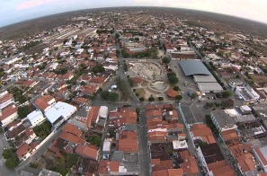 12 de Agosto – Imagem aérea da cidade — Valente (BA) — 59 Anos em 2017.