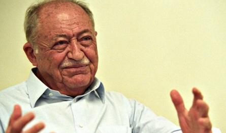 13 de Agosto – 2005 – Miguel Arraes, político brasileiro (n. 1916).