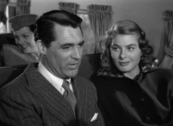 13 de Agosto – Alfred Hitchcock - 1899 – 118 Anos em 2017 - Acontecimentos do Dia - Foto 17 - Cary Grant e Ingrid Bergman em Notorious, de 1946.
