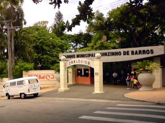 15 de Agosto – Entrada principal para o Parque Zoológico Municipal Quinzinho de Barros — Sorocaba (SP) — 363 Anos em 2017.