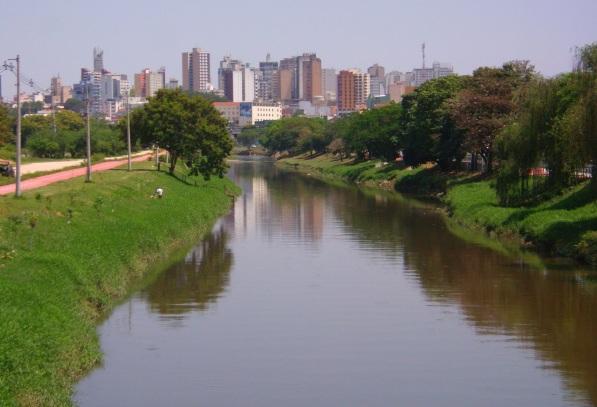 15 de Agosto – Vista do Rio Sorocaba para quem chega à cidade pela Rodovia Castello Branco, sentido capital-interior — Sorocaba (SP) — 363 Anos em 2017.