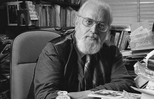 16 de Agosto – 2003 – Haroldo de Campos, tradutor e poeta brasileiro (n. 1929).