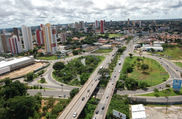 16 de Agosto – Foto aérea da cidade — Teresina (PI) — 165 Anos em 2017.