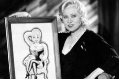 17 de Agosto – 1893 – Mae West, atriz norte-americana (m. 1980).
