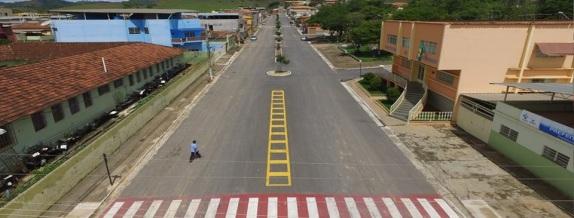 18 de Agosto – Rua da cidade — 64 Anos em 2017.