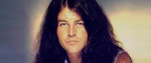 19 de Agosto – 1945 – Ian Gillan, vocalista da banda Deep Purple.