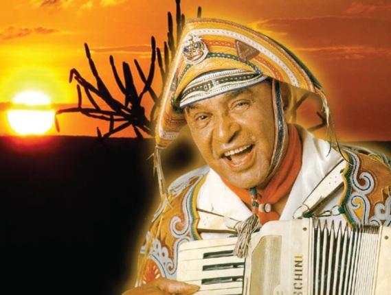 2 de Agosto – 1989 — Luiz Gonzaga, músico brasileiro (n. 1912).