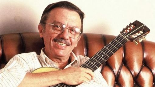 2 de Agosto – 2003 — Paulinho Nogueira, compositor brasileiro (n. 1929).