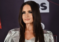 20 de Agosto – 1992 – Demi Lovato, cantora, compositora e atriz norte-americana.