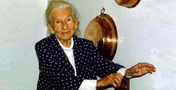 20 de Agosto – Cora Coralina - 1889 – 128 Anos em 2017 - Acontecimentos do Dia - Foto 12.