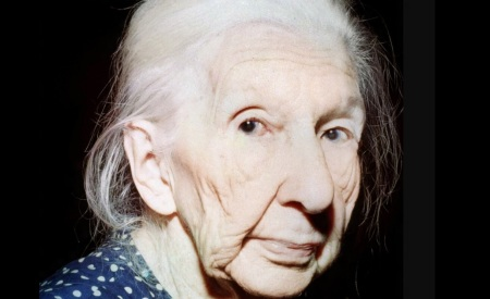20 de Agosto – Cora Coralina - 1889 – 128 Anos em 2017 - Acontecimentos do Dia - Foto 7.